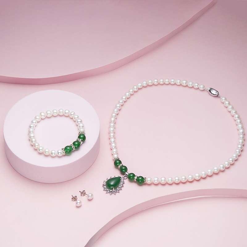 法国奥利维拉 珠宝绿玛瑙珍珠三件套精美包装